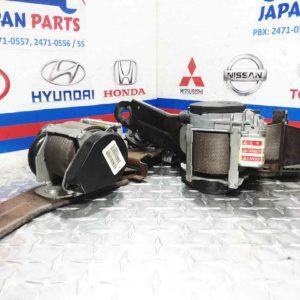Cinturones delanteros para Nissan Sentra 2006